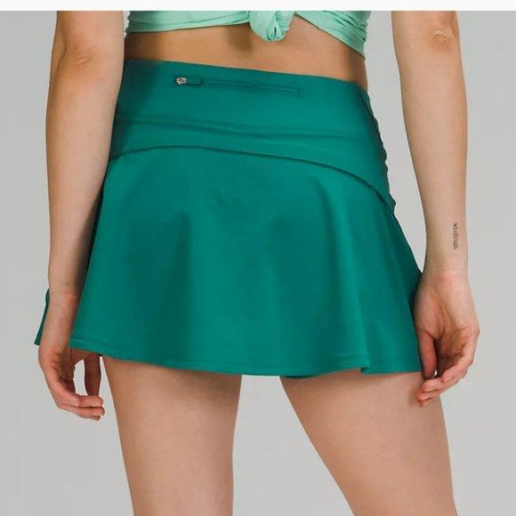 NWT  Lululemon Play Off The Pleats Skirt Teal 4